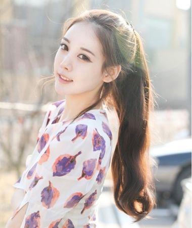 高中学生韩潮长发马尾发型图片