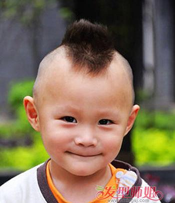 发型设计 儿童发型 >> 2015年最新小男孩发型 小男孩毛碎发型图片(4)图片