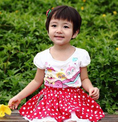 儿童蘑菇头短发发型图片 女童蘑菇头发型