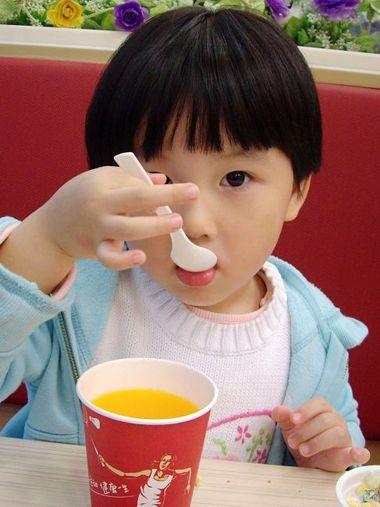 儿童蘑菇头短发发型图片 女童蘑菇头发型(4)