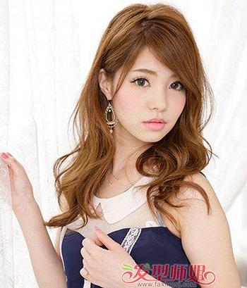 脸长额头宽宽的女生适合什么发型 长又宽的脸适合的发型图片(2)
