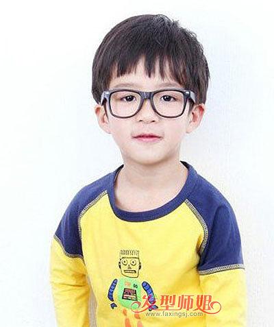今年小男孩流行什么发型 3到5岁小男孩发型图片大全 发型师姐