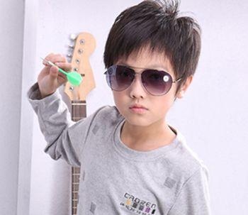 3岁男孩剪什么发型好看 3岁男宝宝发型图片图片