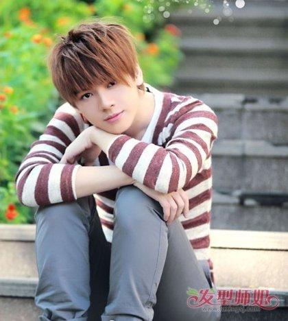 25岁男孩短发发型 25岁男士时尚发型图片(2)