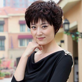 中年妇女小卷烫_中老年短发发型图片 中老年女士短发发型设计(3)_发型师姐