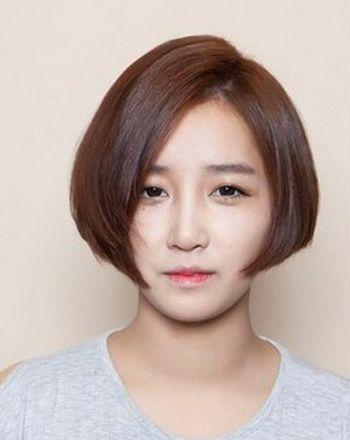 圆脸额头大女生短发发型 圆脸大头短发发型图片图片