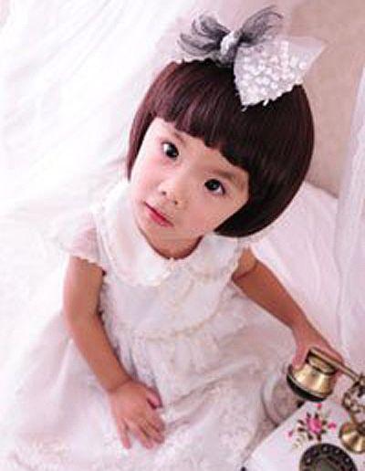 女宝宝蘑菇头发型 小孩蘑菇头发型图片