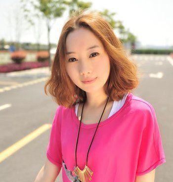 甜美可爱梨花头发型-长脸梨花烫适合染什么颜色 长脸女生适合染什么