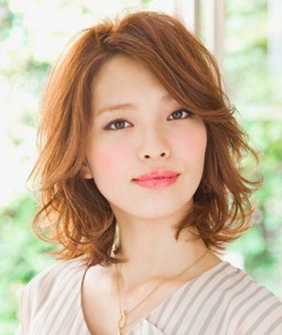 发量少脸大适合什么发型 头发稀少脸大做什么发型好