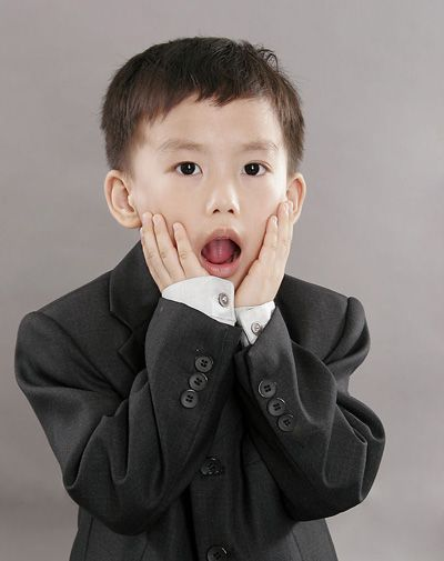 小男孩子前面的刘海怎么剪 小男孩刘海发型(2)图片