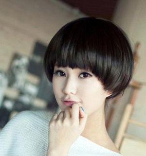 女大圆脸适合的短发_圆脸适合的学生发型图片 圆脸学生不烫的短发发型_发型师姐