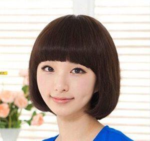 圆脸适合的学生发型图片 圆脸学生不烫的短发发型(2)