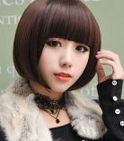 发型师姐编辑:july 分享到  这款大脸女生齐刘海沙宣头短发,不同于图片