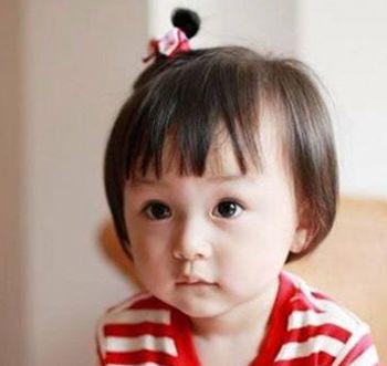 小女孩蘑菇头怎么扎头发