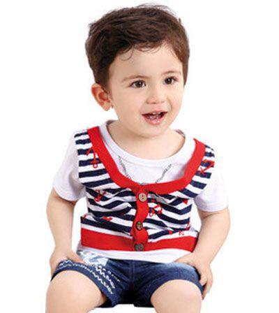 3岁小男孩露额头清爽短发-3岁男童发型 3岁男宝宝最新发型 发型师姐
