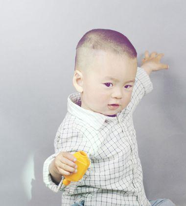 婴儿桃心发型步骤图片