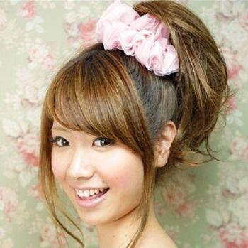 高马尾辫用什么发饰好看 初中女生短发高马尾扎发发型图片
