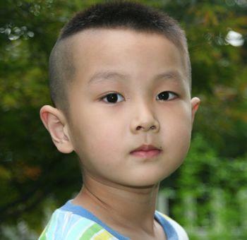 清爽寸头发型-两岁男宝宝怎么弄发型 两岁男宝宝发型图片