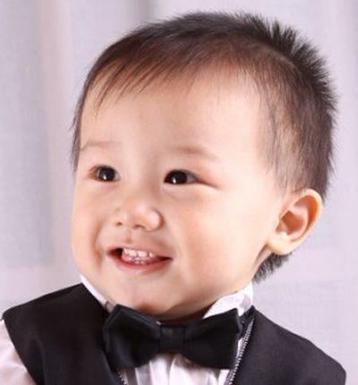 一岁半男宝宝发型 男宝宝发型图片及名称(2)