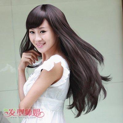 流行发型非主流女直发造型 非主流蓬松直发发型图片