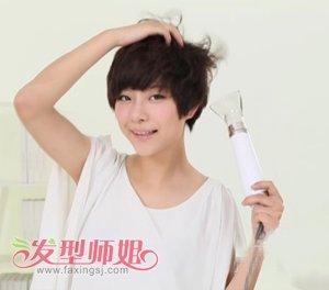 女士短发纹理烫怎么吹 比较短的纹理烫怎么吹_发型师姐