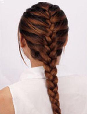 蝎子辫发型扎法步骤 编蝎子辫的发型扎法(3)图片