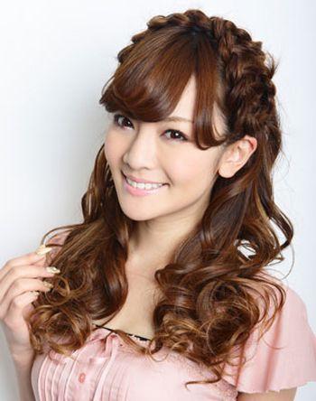 头大脸大扎什么发型好看 女生大脸适合的刘海扎发发型图片