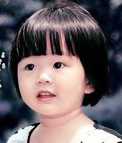 女发,及儿童发式造型的设计中去,这款小女孩斜分刘海蘑菇头短发发式