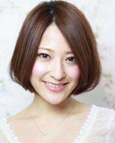 胖圆脸适合什么短发发型 适合圆脸的短发露额头发型