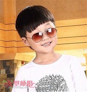 男宝宝时尚锅盖头发型-男宝宝时尚发型 男宝宝锅盖发型图片