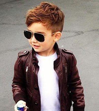 圆脸小孩适合什么发型 国字脸小男生什么发型显得脸小图片