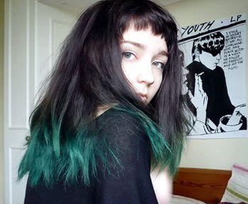 女生非主流七彩色发型 女生非主流染发发型图片(3)图片