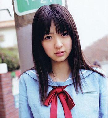 方脸适合的发型设计 14岁方脸女生长发发型图片(2)