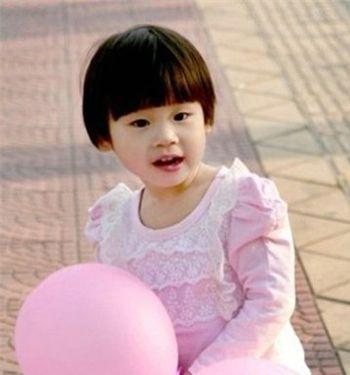 2010男生短发发型_幼儿蘑菇头短发发型图片 女儿童蘑菇发型设计(2)_发型师姐