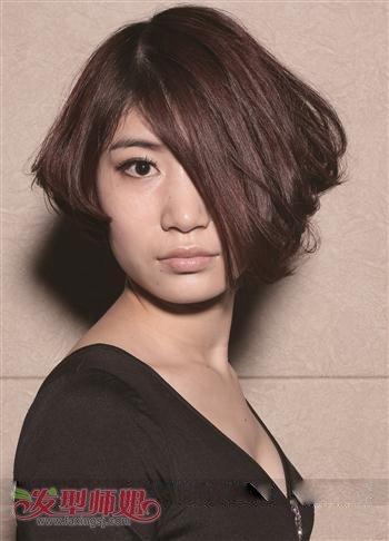女生沙宣短发烫发型 女士沙宣发型图片