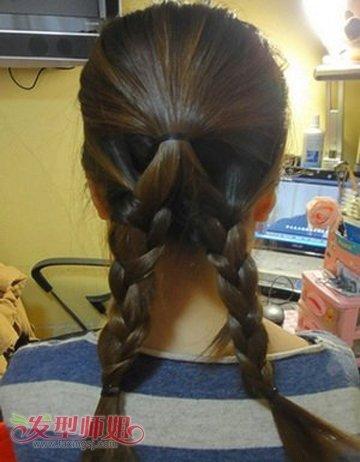 中学生中长发盘头发发型步骤 女学生时尚盘发发型设计图片