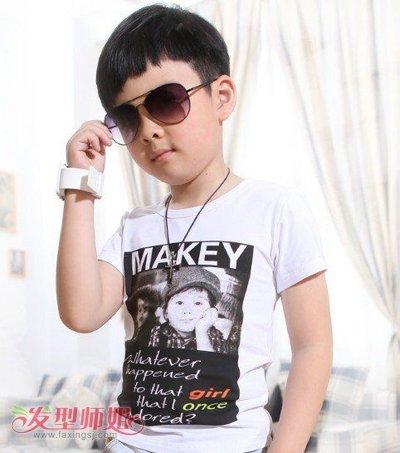 三岁男孩流行什么样的时尚发型 三岁男宝宝帅气发型图片图片