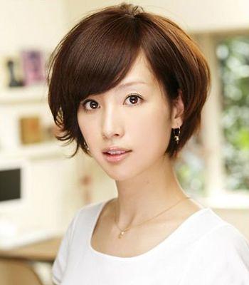 波波短发发型图片 女生波波头发型设计