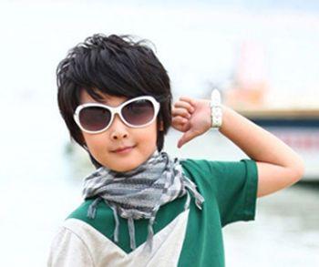 六岁小男孩发型设计 适合六岁小男生的发型图片