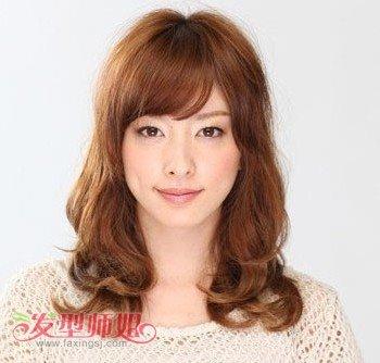 适合圆脸女生的长发发型 怎样扎头发简单好看