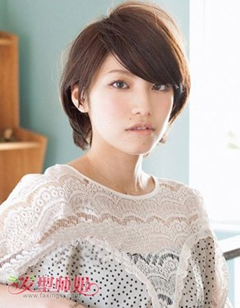 长脸女生剪什么短发型好看 女性长方形脸型适合的短发发型图片 发型