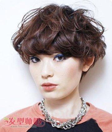 圆脸中年女性蘑菇发型 圆脸蘑菇头短发发型图片(3)图片