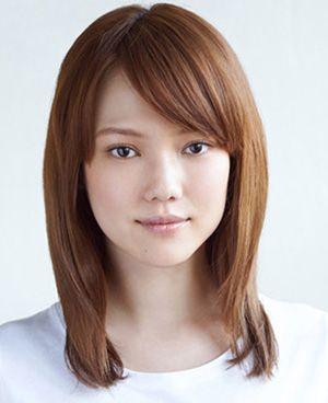 圆脸学生马尾辫发型 适合圆脸女生的马尾发型扎法图片