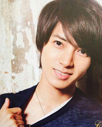 日本男明星长发发型 2015年男生长发发型图片(4)图片