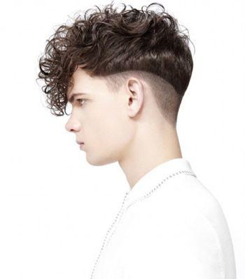男倒三角脸型适合什么短发 倒三角男适合的短发发型图片图片