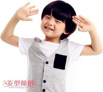 三岁脸型酷酷的男孩椭圆三岁头型可爱发型_发图片男孩年男生图片头型图片