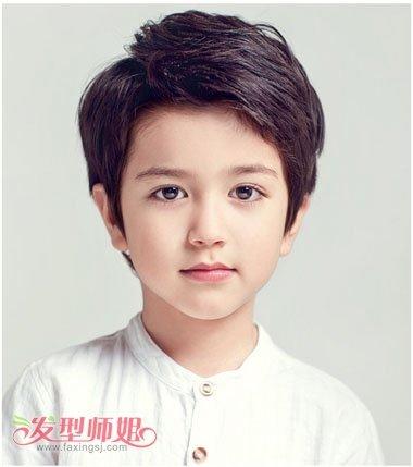 男童短发新潮发型图片 如何帮男童设计发型图片