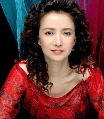 中老年烫长发发型 老年妇女烫发长发型图片(2)图片