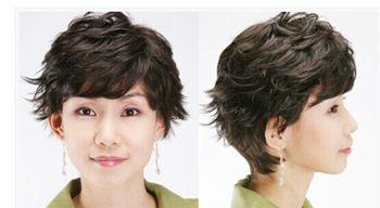 老年人烫短发的发型有哪些 中老年满头烫发型图片
