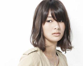 适合长脸女生的短发发型图片 长方脸适合的短发发型(2图片